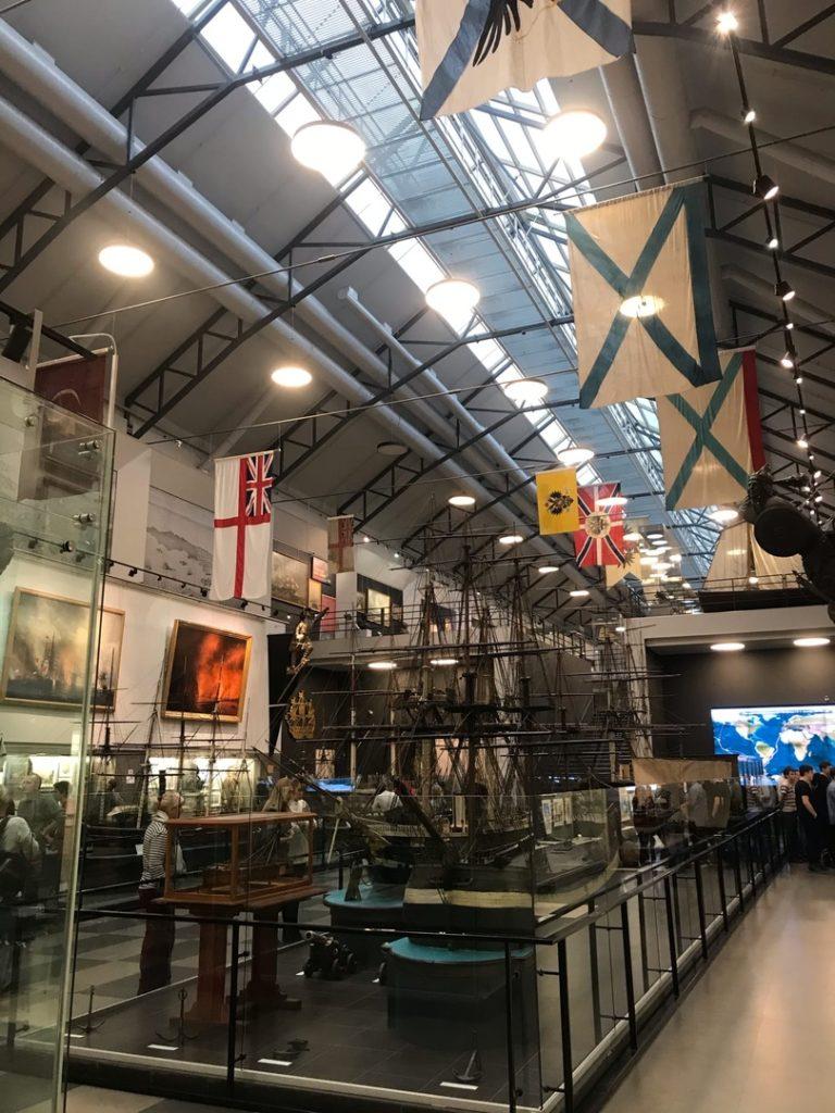 Central Naval Museum genoemd naar keizer Peter de Grote