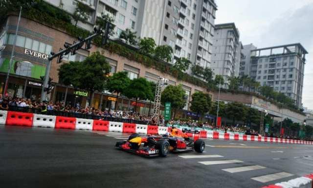 Red Bull - Vietnam - Exhibición