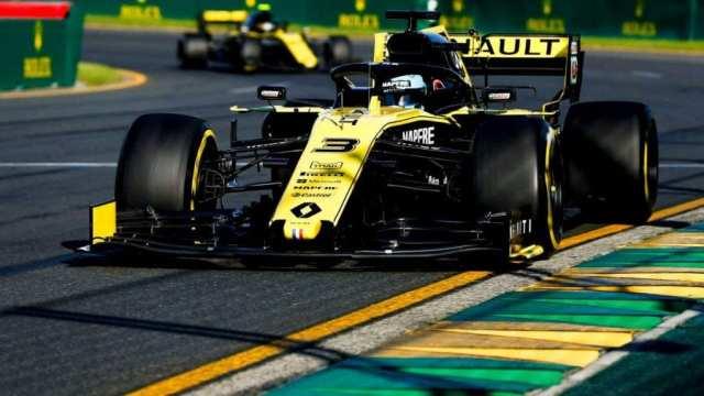 Daniel Ricciardo a bordo de su Renault durante la clasificación del GP de Australia