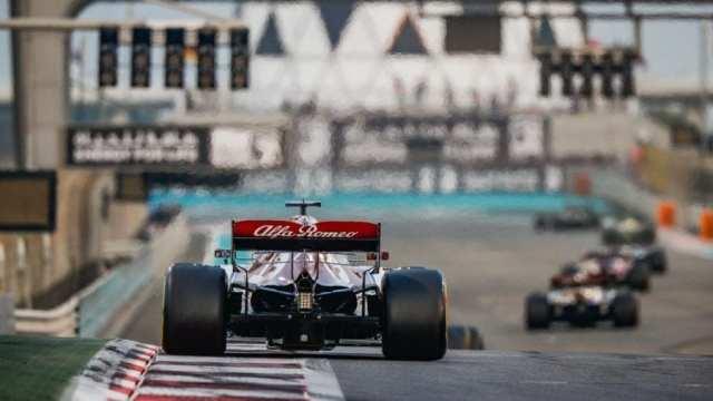 Alfa Romeo se despide de 2019 fuera de los puntos