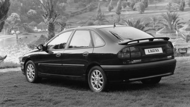 El Renault Laguna coche del año 1995