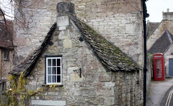 Twisting House
