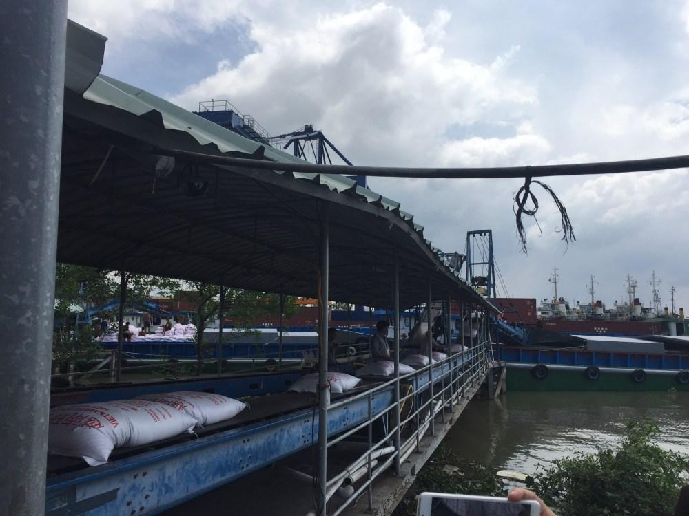 rice being loaded.JPG