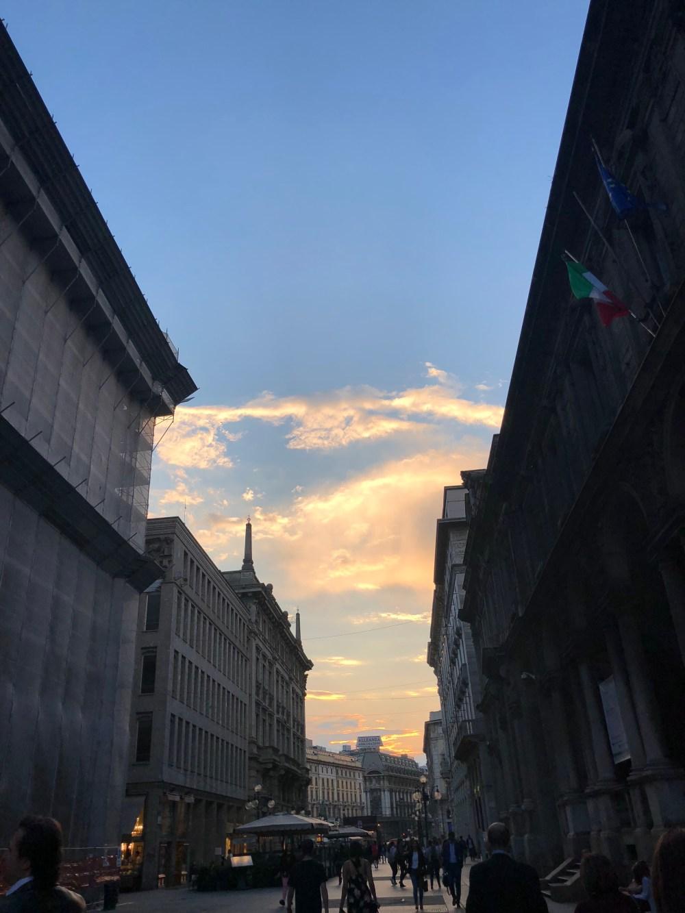 molan sky