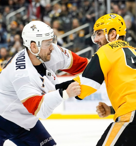 Pittsburgh Penguins winger Zach Aston-Reese