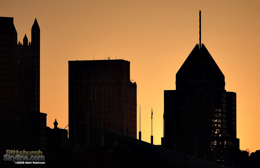 Fifth Avenue Place Silhouette