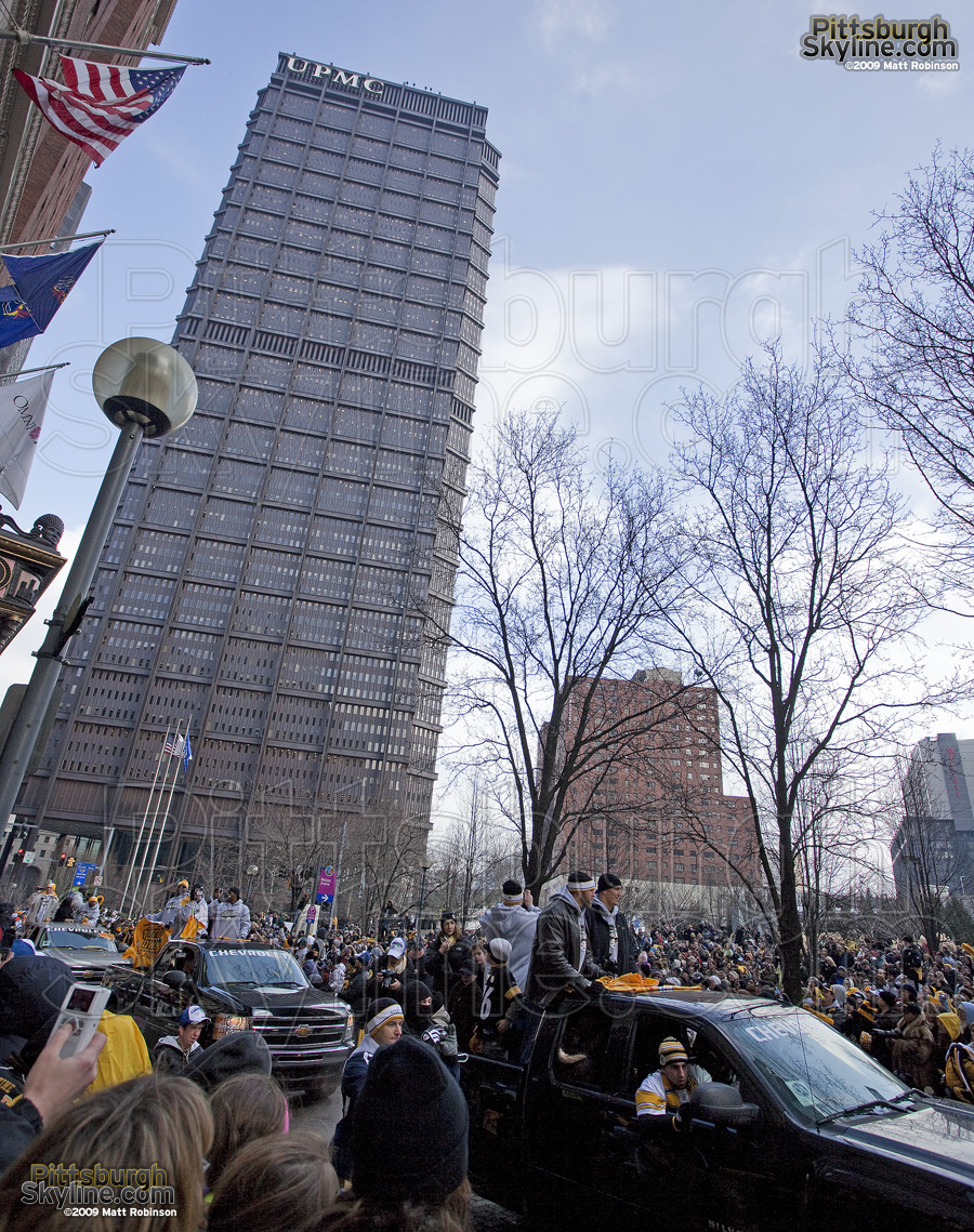 US Steel Building towers over the Superbowl parade