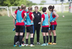 160330-wnt-training-jill-ellis