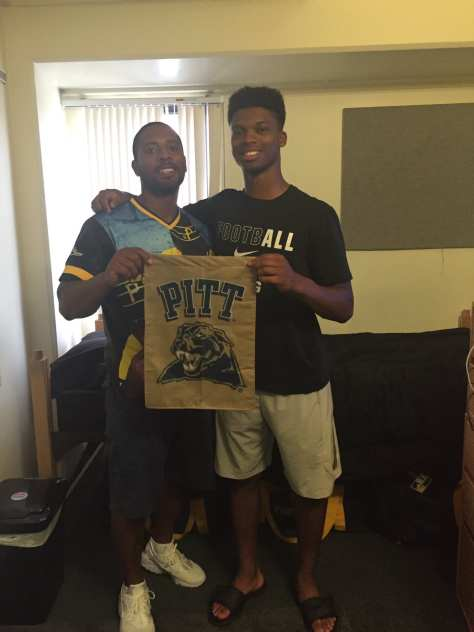 Pitt freshman Damar Hamlin moving in - Photo Courtesty of Mario Hamlin