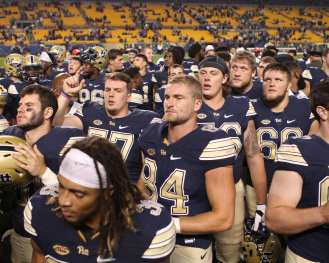 Pitt Celebrates win October 1, 2016