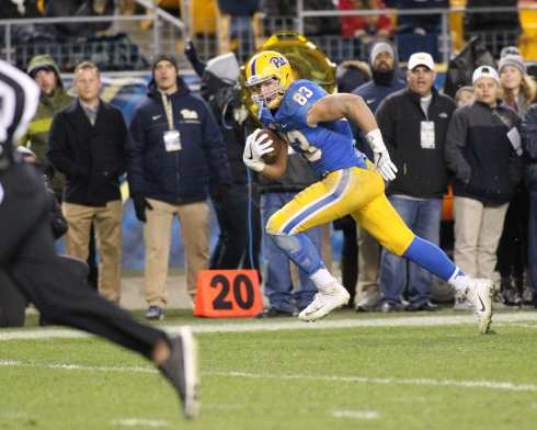 Scott Orndoff runs in for a touchdown against Duke on November 19, 2016 (Photo by: David Hague)