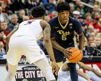 Marcus Carr (5) in the City Game at PPG Paints Arena December 1, 2017 -- DAVID HAGUE