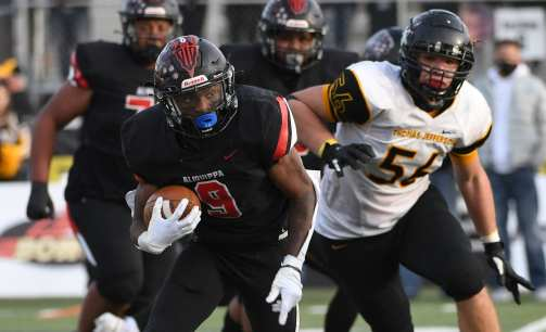 PITTSBURGH, PENNSYLVANIA - NOVEMBER 13: Vernon Redd (9) during the WPIAL Class 4-A Football Championship game at Newman Stadium on November 13, 2020 in Pittsburgh, Pennsylvania (Photo by Justin Berl)