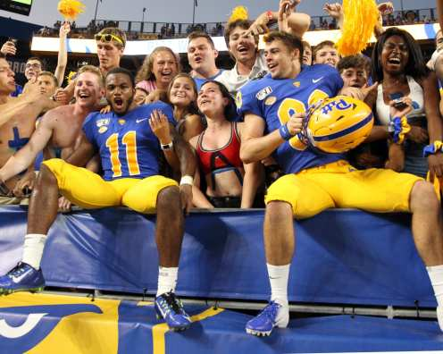Players celebrate after knocking off UCF September 21, 2019 -- David Hague/PSN