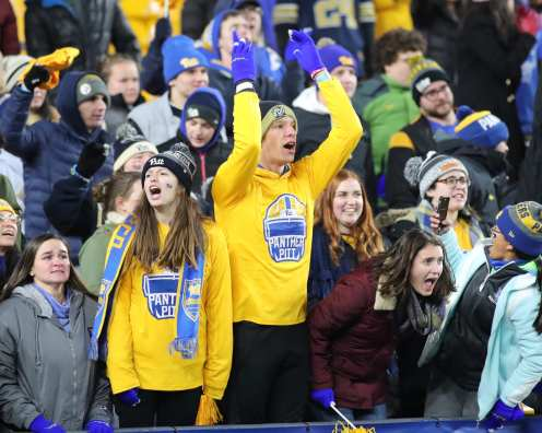 Pitt Student Section November 14, 2019 -- David Hague/PSN