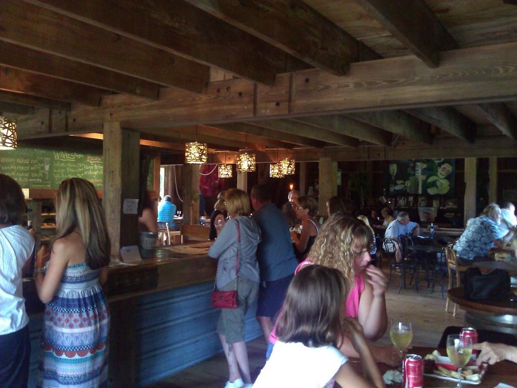 Lago Winery - Tasting Bar