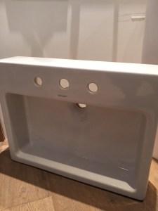 Duravit Vero 600 Ground washbasin with 3 tap holes