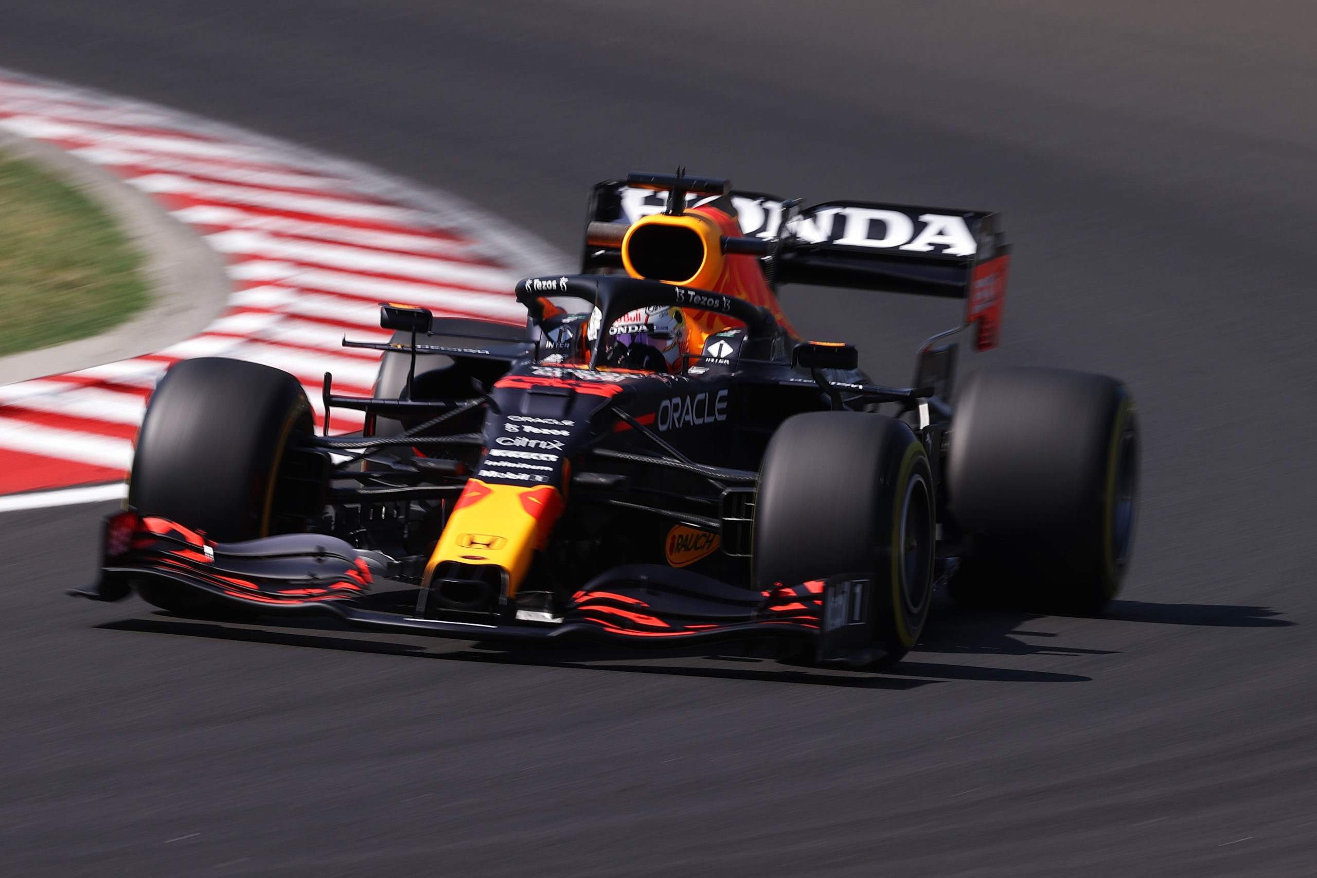 BUDAPEST, HUNGARY - JULY 30: Max Verstappen of the Netherlands driving the (33) Red Bull Racing RB16B Honda during practice ahead of the F1 Grand Prix of Hungary at Hungaroring on July 30, 2021 in Budapest, Hungary. (Photo by Lars Baron/Getty Images) // Getty Images / Red Bull Content Pool  // SI202107300259 // Usage for editorial use only //