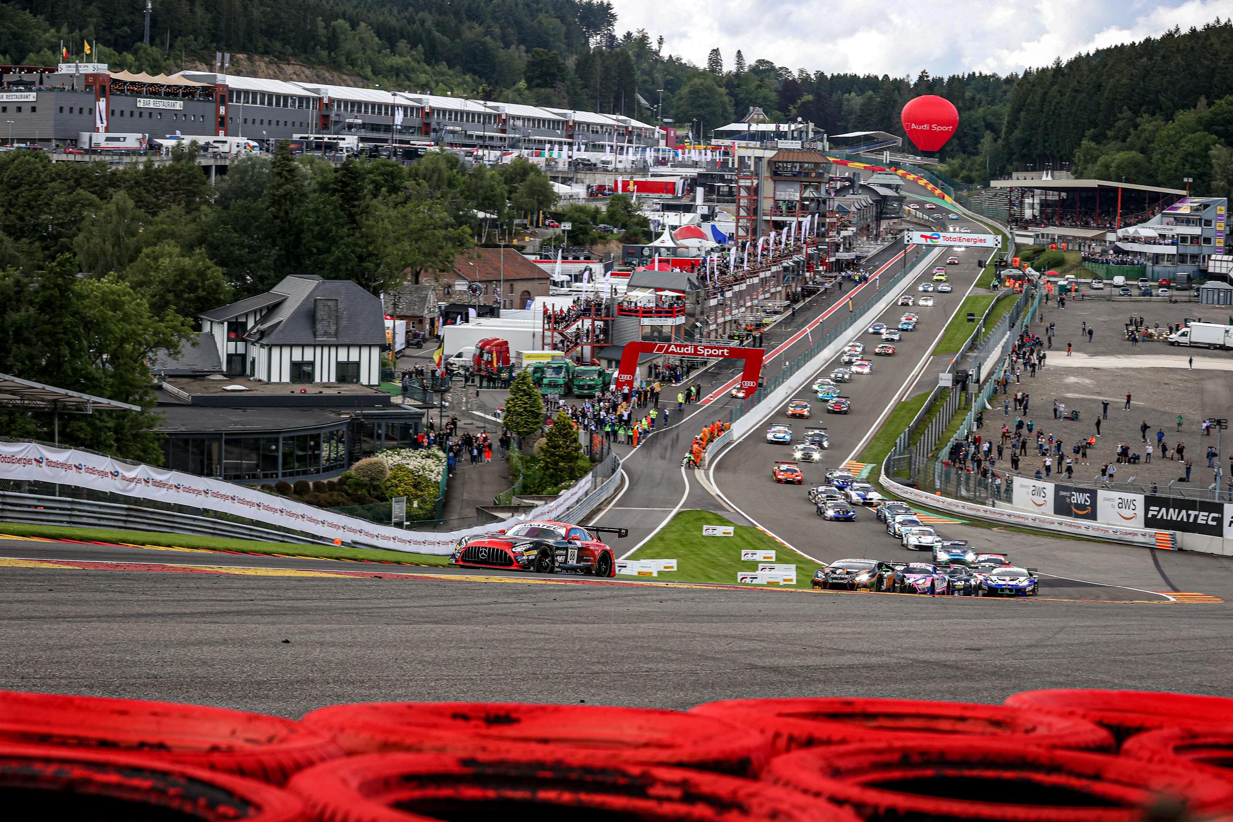 24h Spa Start Race-Fanatec GT World Challenge-Spa Francorchamps