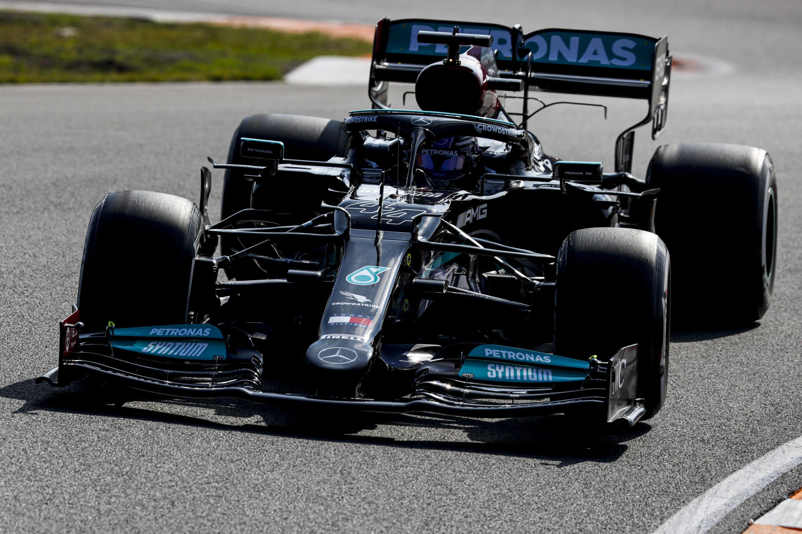 Lewis Hamilton, 2021 Dutch Grand Prix, Friday - LAT Images