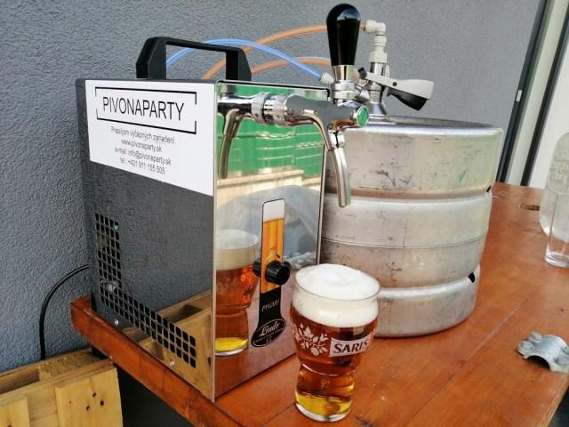 Výčap a sud piva