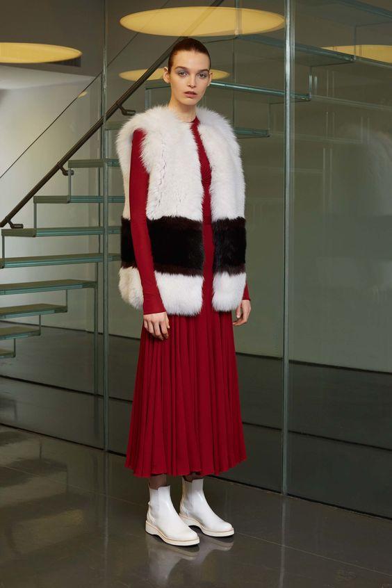 Модные женские меховые жилеты: тенденции 2017 - 2018 года ...