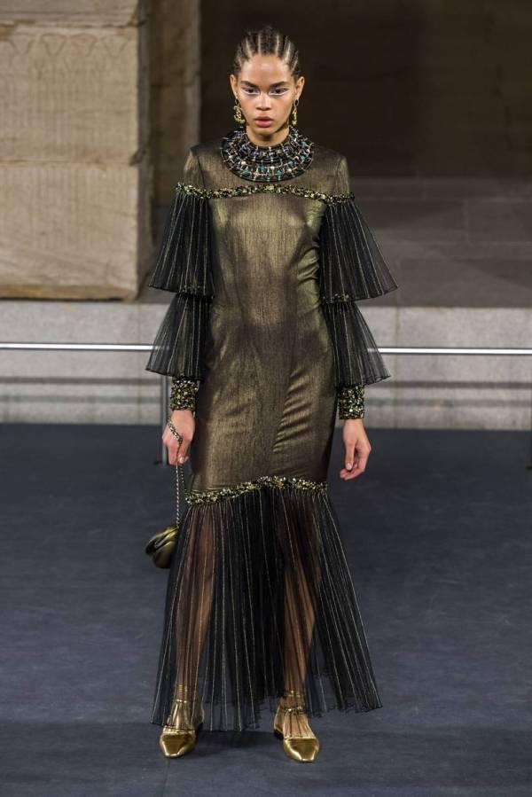 Модные вечерние платья 2020: 100+ фото новинок, тенденций ...