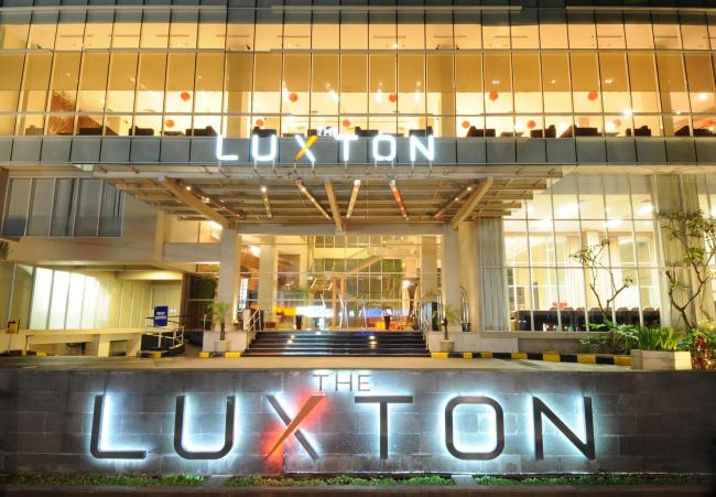 The Luxton Hotel