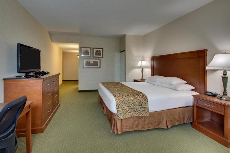 Drury Inn & Suites St. Louis Arnold