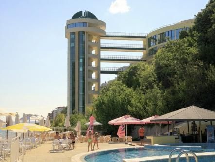 Here's our list of the most sizzling seaside spots around the globe to soak up the sun, au naturel. Paradise Beach Residence Ultra All Inclusive Sveti Vlas Sista Minuten Erbjudanden Pa Agoda Com