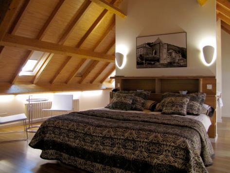Book Hotel Roncesvalles Orreaga Roncesvalles Billigt Pa Agoda
