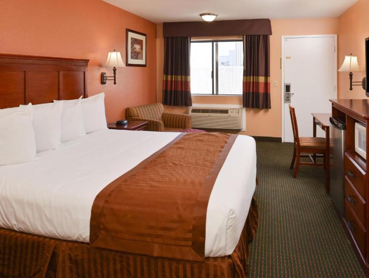 Americas Best Value Inn & Suites Bakersfield E