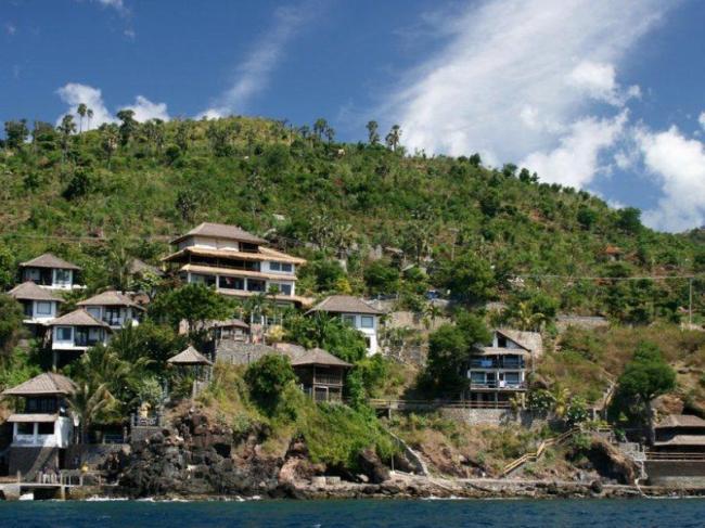 Deep Blue Selang Resort Amed