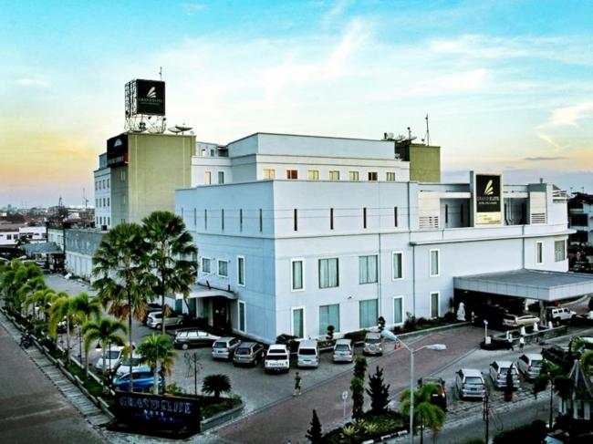 Grand Elite Hotel