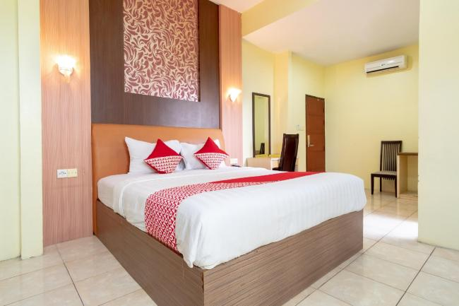 Capital O 2023 Medan Ville Hotel.