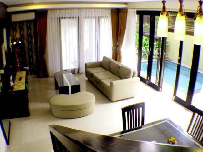 Sri Ratu Villa & Boutique Hotel