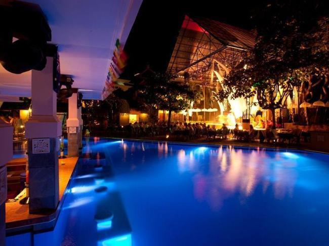 Bounty Hotel