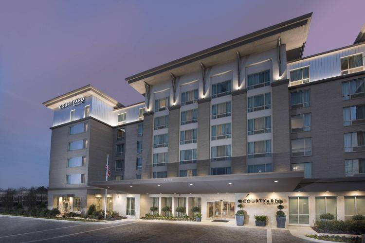 Courtyard by Marriott Atlanta Alpharetta-Avalon Area