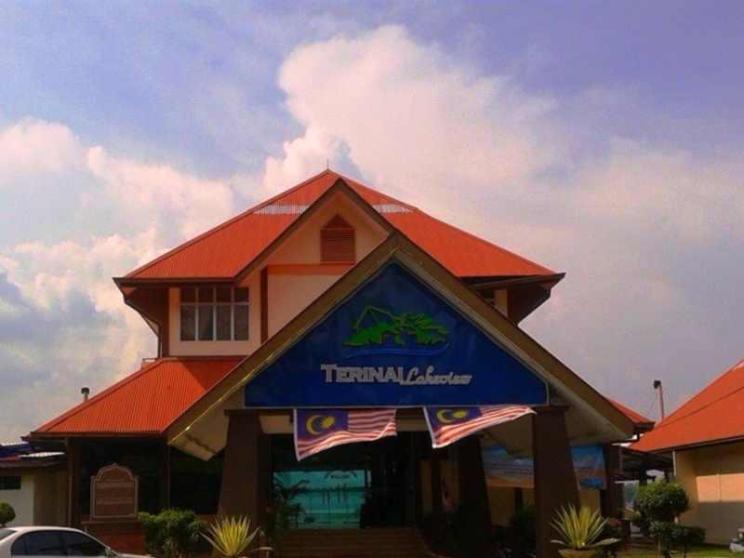 Terinai Lakeview Resort