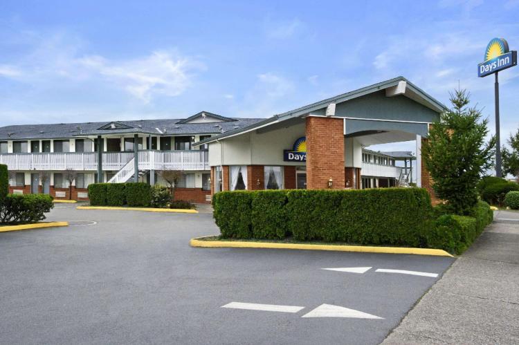 Days Inn by Wyndham Auburn