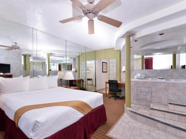 Hotel and Suites Alamogordo