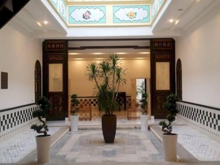 Heeren Palm Suites