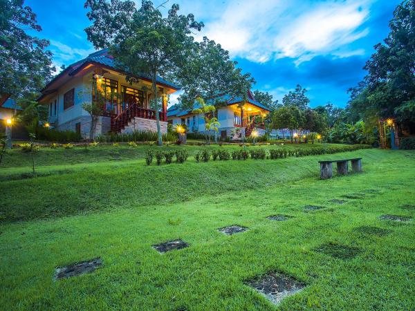 Resort Mont Goei Pai Pai Thailand Great discounted rates