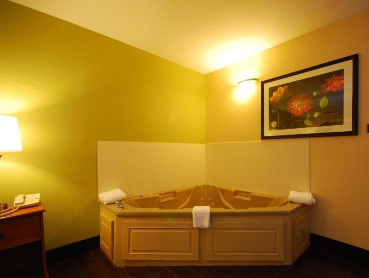 SureStay Hotel by Best Western Alice