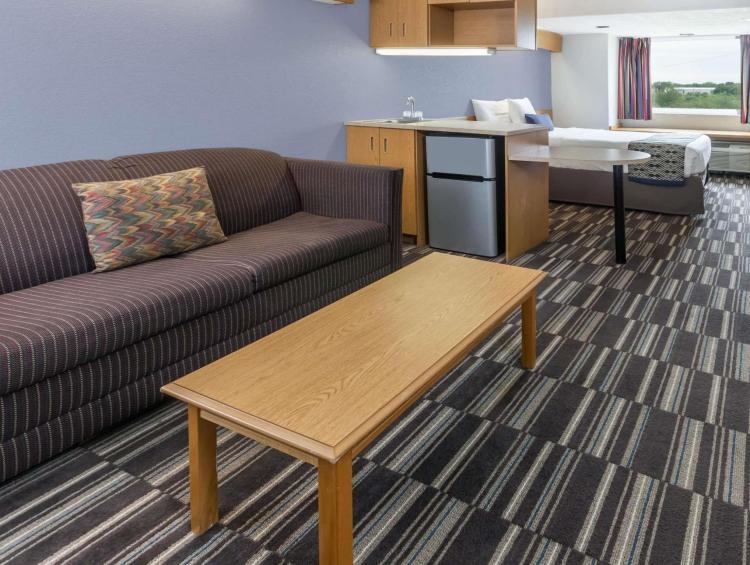 Microtel Inn & Suites by Wyndham Ardmore