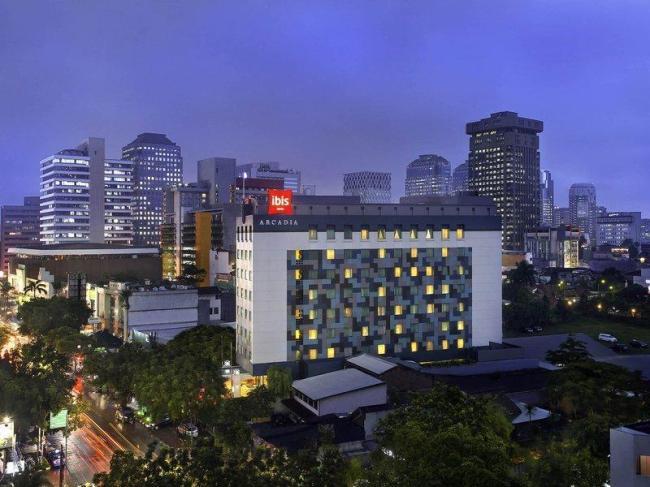 Ibis Jakarta Arcadia Hotel