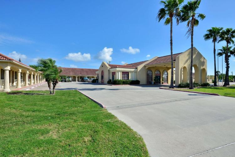Americas Best Value Inn & Suites Aransas Pass