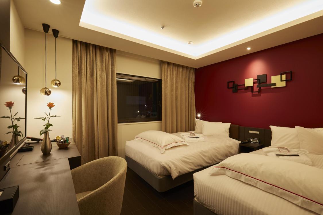 Best Hotels to Stay in Namba Osaka