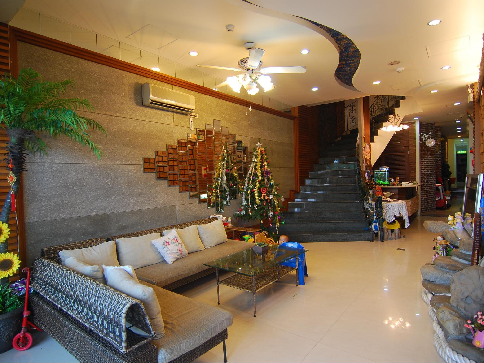明君旅棧 Ming Jun Holiday Inn