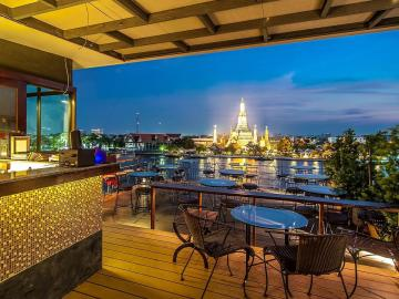 where-to-stay-in-bangkok-sala-arun